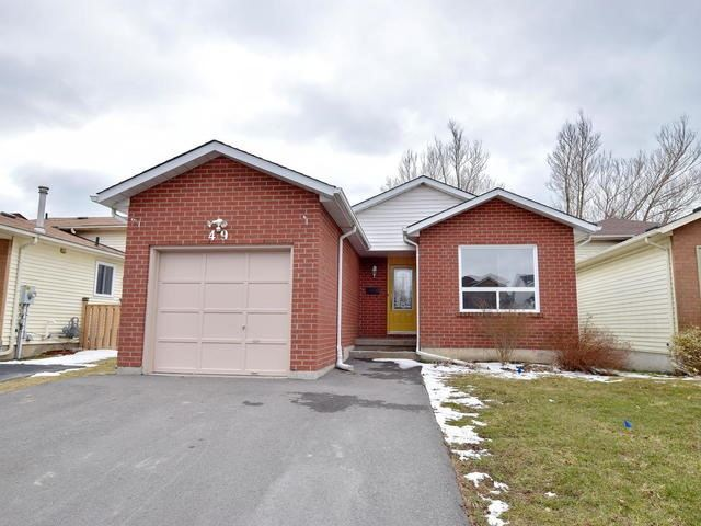 pictures of 49 Quinlan Dr, Port Hope L1A4H3