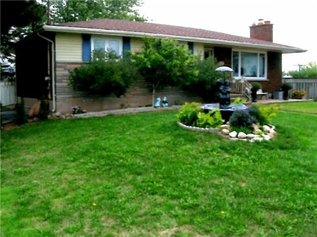 pictures of 427 Read Rd, Niagara-on-the-Lake L2R 7K6