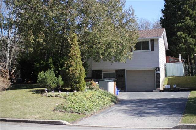 pictures of 103 Moccasin Dr, Waterloo N2L4C2