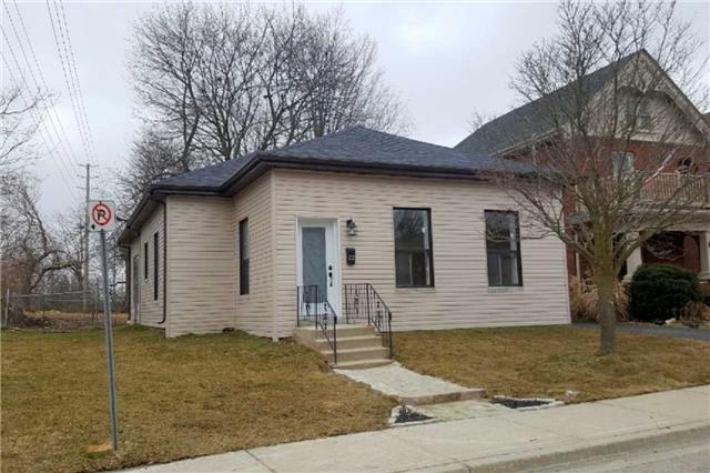 pictures of 22 Brock St, Brant N3S 5T6