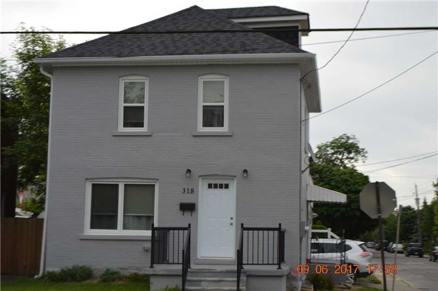 pictures of 318 Niagara St, Welland L3C 1K7