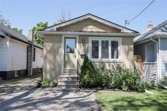 pictures of 17 Berryman Ave, St. Catharines L2R 3W8