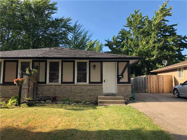 pictures of 8037 Aintree Dr, Niagara Falls L2H 1V3