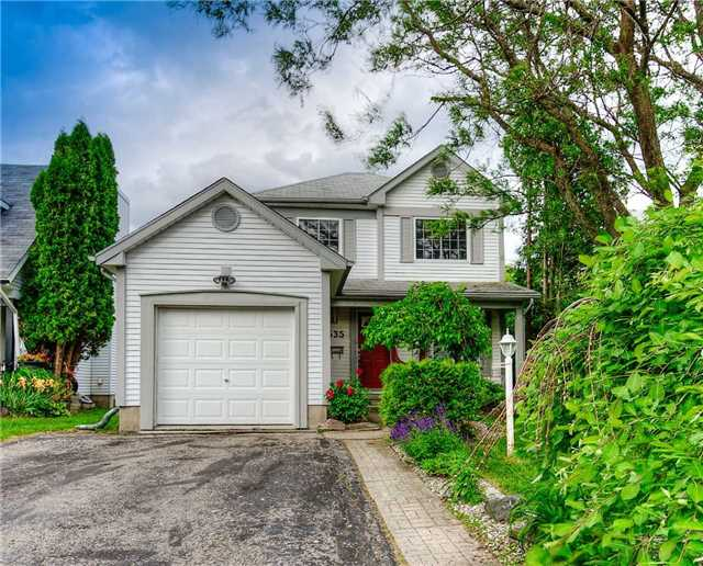 pictures of 535 Red River Dr, Waterloo N2T 2B7