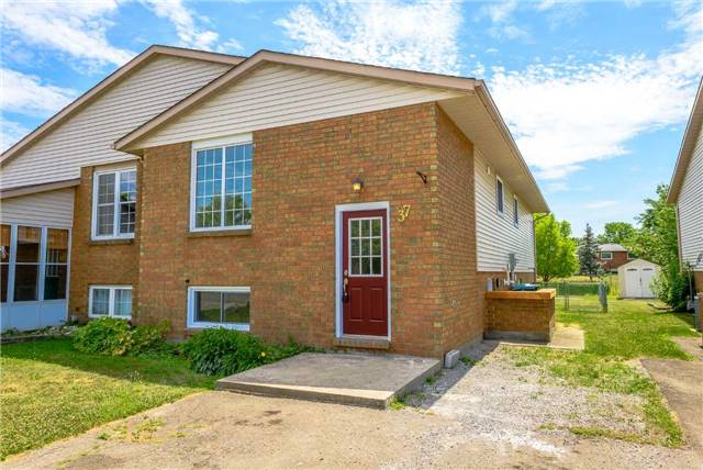 pictures of 37 Woodland Dr, Welland L3C7C9