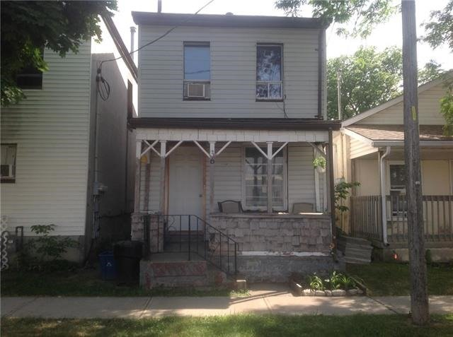 pictures of 36 Wadsworth St, Brant N3T3V6