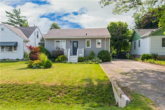 pictures of 22 Lakeview Ave, Grimsby L3M 3M1