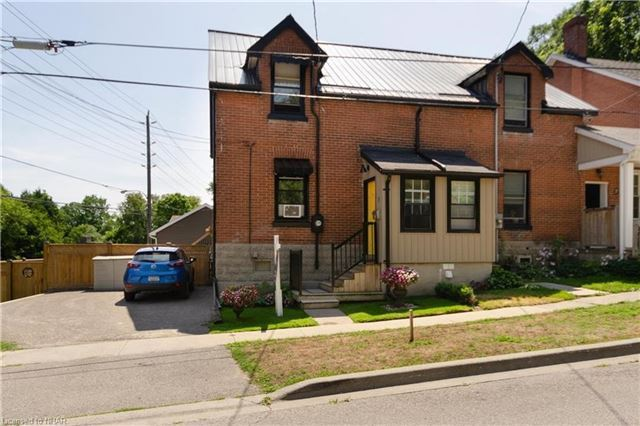 pictures of 3 Bedford St, Port Hope L1A 1W2
