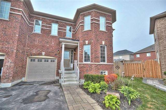 pictures of 18 Durham Way, Niagara-on-the-Lake L0S 1J0