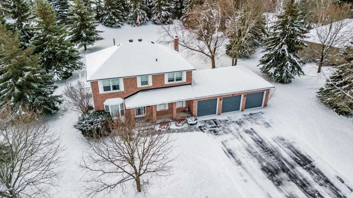 pictures of 37 Hawthorne Rd, Mono L9W6G6