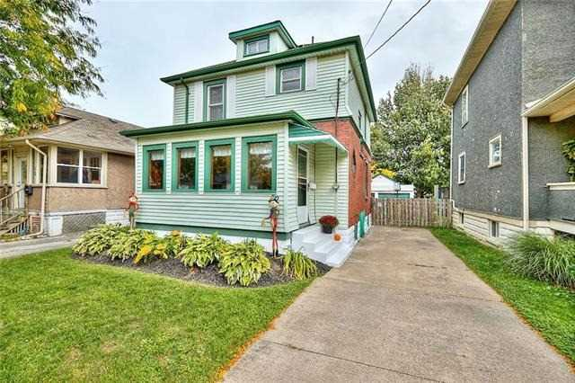 pictures of 10 Marmora St, St. Catharines L2P 3C1