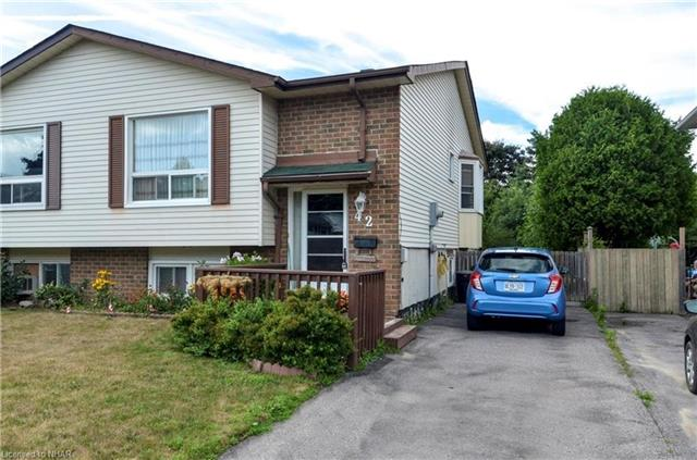 pictures of 42 Crossley Dr, Port Hope L1A3T5