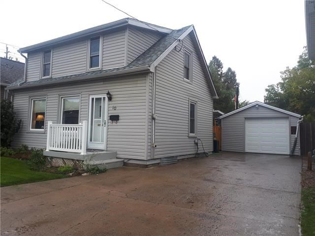 pictures of 10 Pine St, Welland L3C 4G1