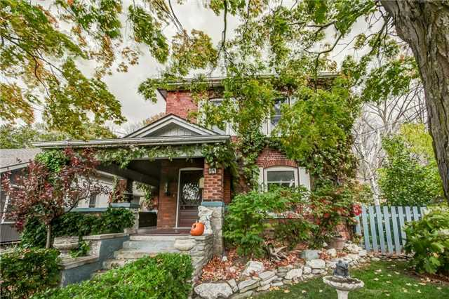 pictures of 61 Walnut  St, Brant N3L2J4