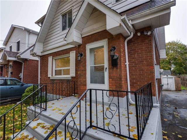 pictures of 323 Wellington St E, Brantford N3S4A4