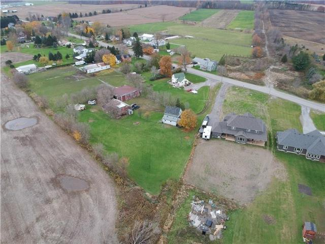 pictures of 944 Robinson Rd, Haldimand N1A 2W1