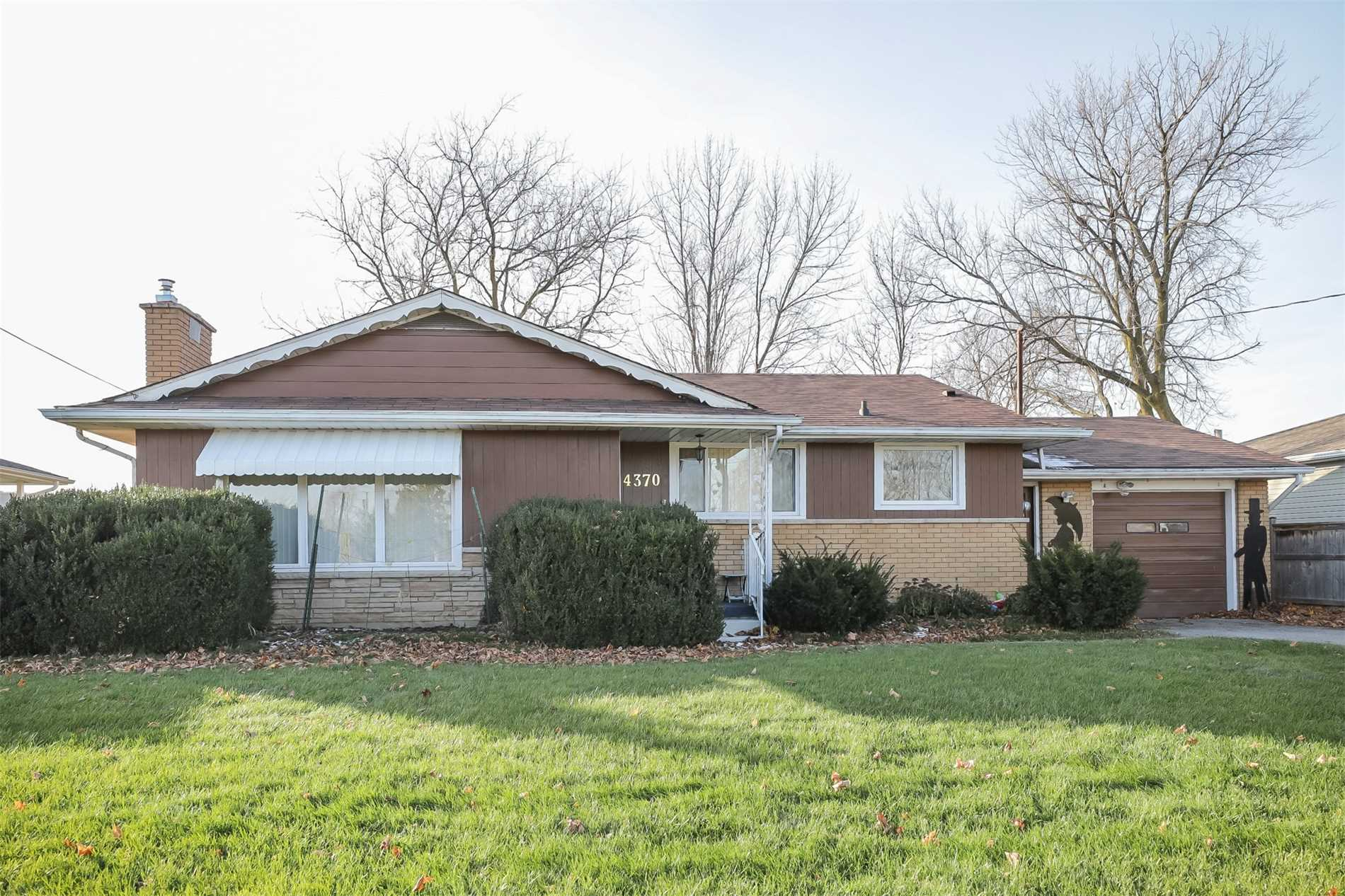 pictures of 4370 Lincoln Ave, Lincoln L0R 1B2