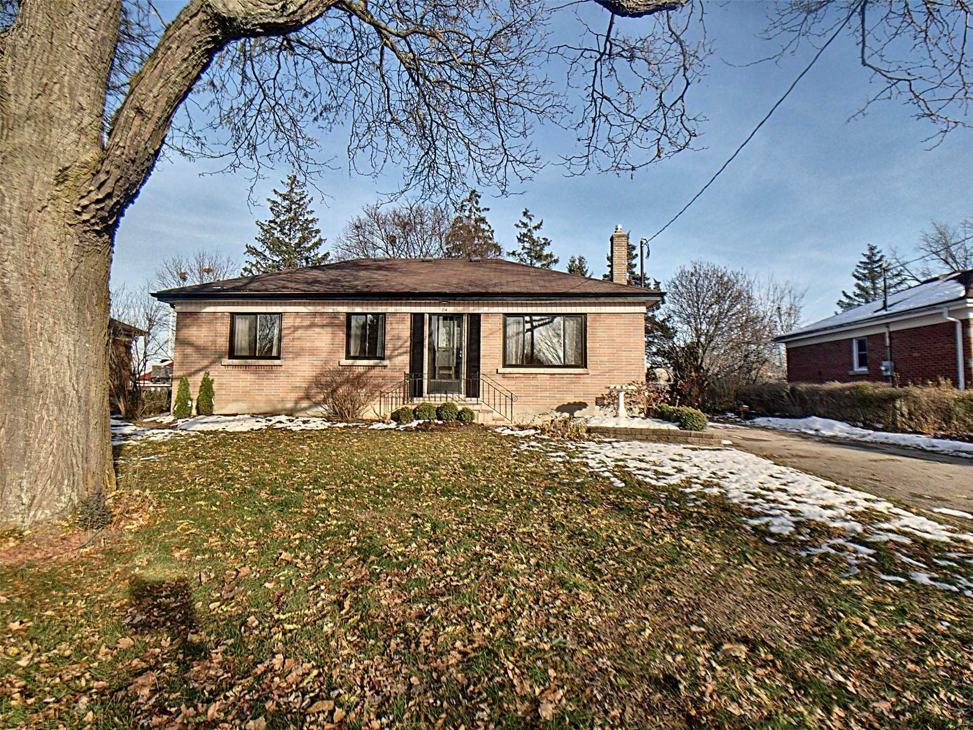 pictures of 24 Horner St, Brant N3R2C4