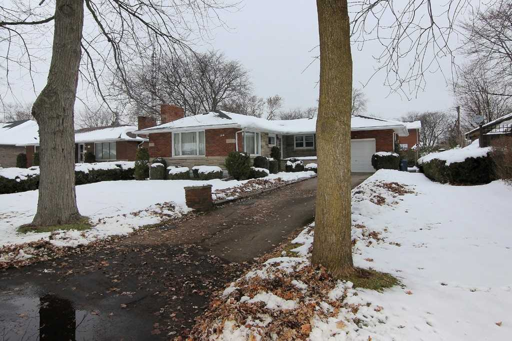 pictures of 64 Summit Ave, Welland L3C 4G4