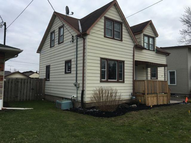 pictures of 335 Southworth St S, Welland L3B1Z8