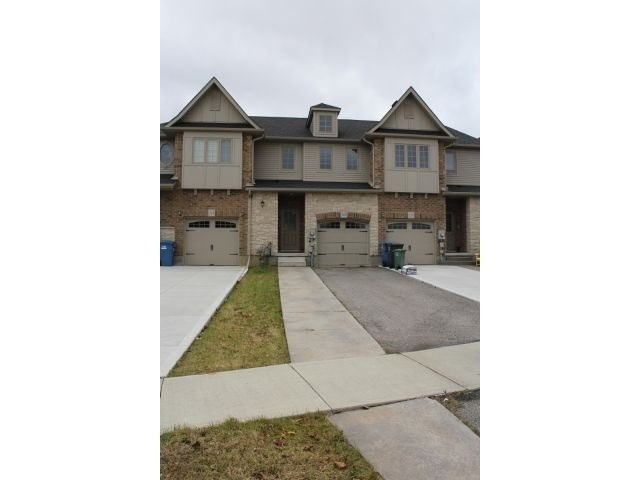 pictures of 116 Curzon Cres, Guelph N1K0B3