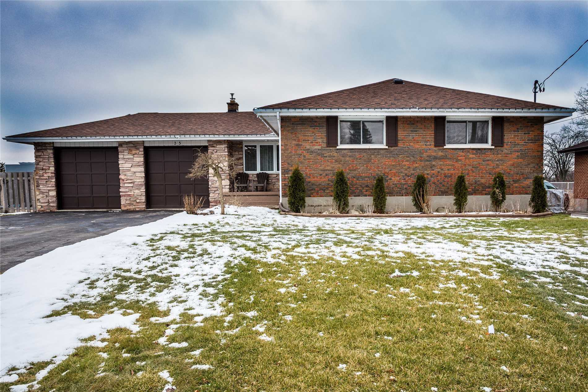 pictures of 35 Ralston Dr, Port Hope L1A 2C2