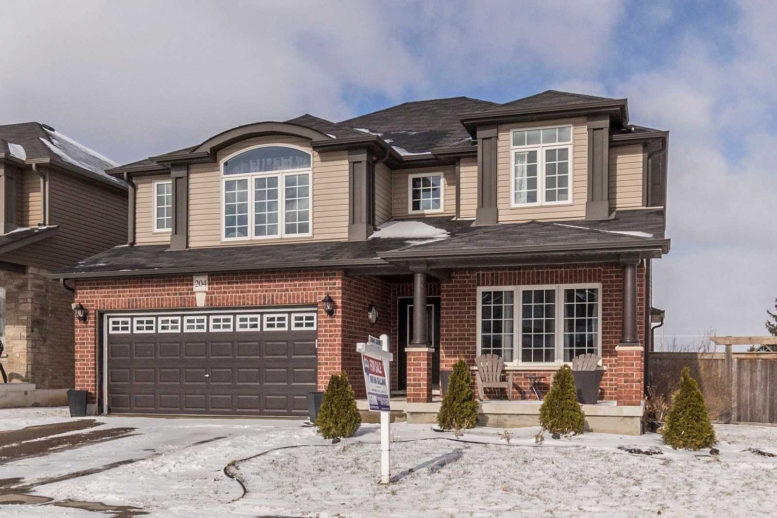 pictures of 204 Townsend Dr, Woolwich N0B 1M0
