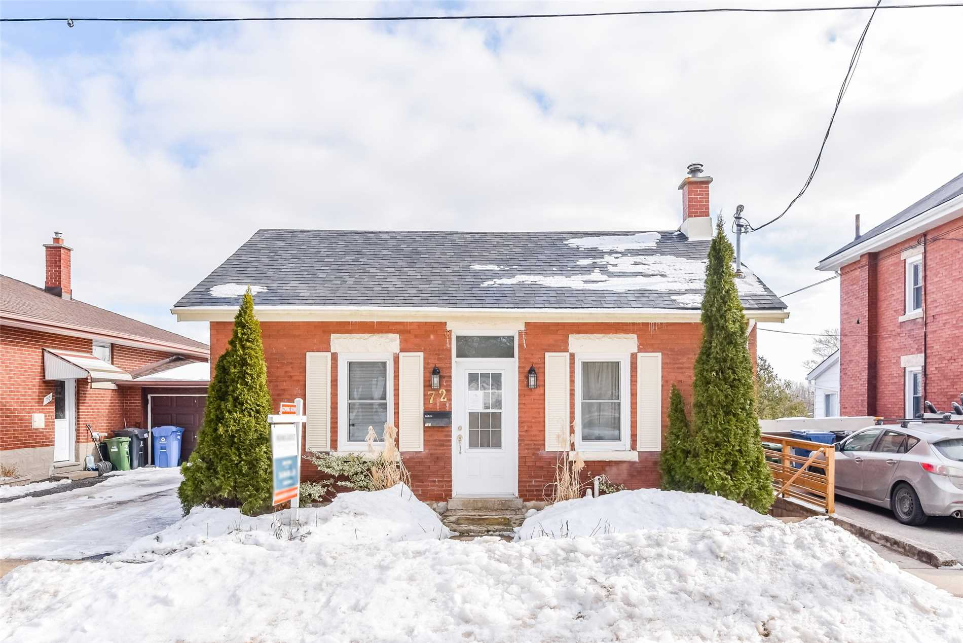 pictures of 72 Galt St, Guelph N1H3G7