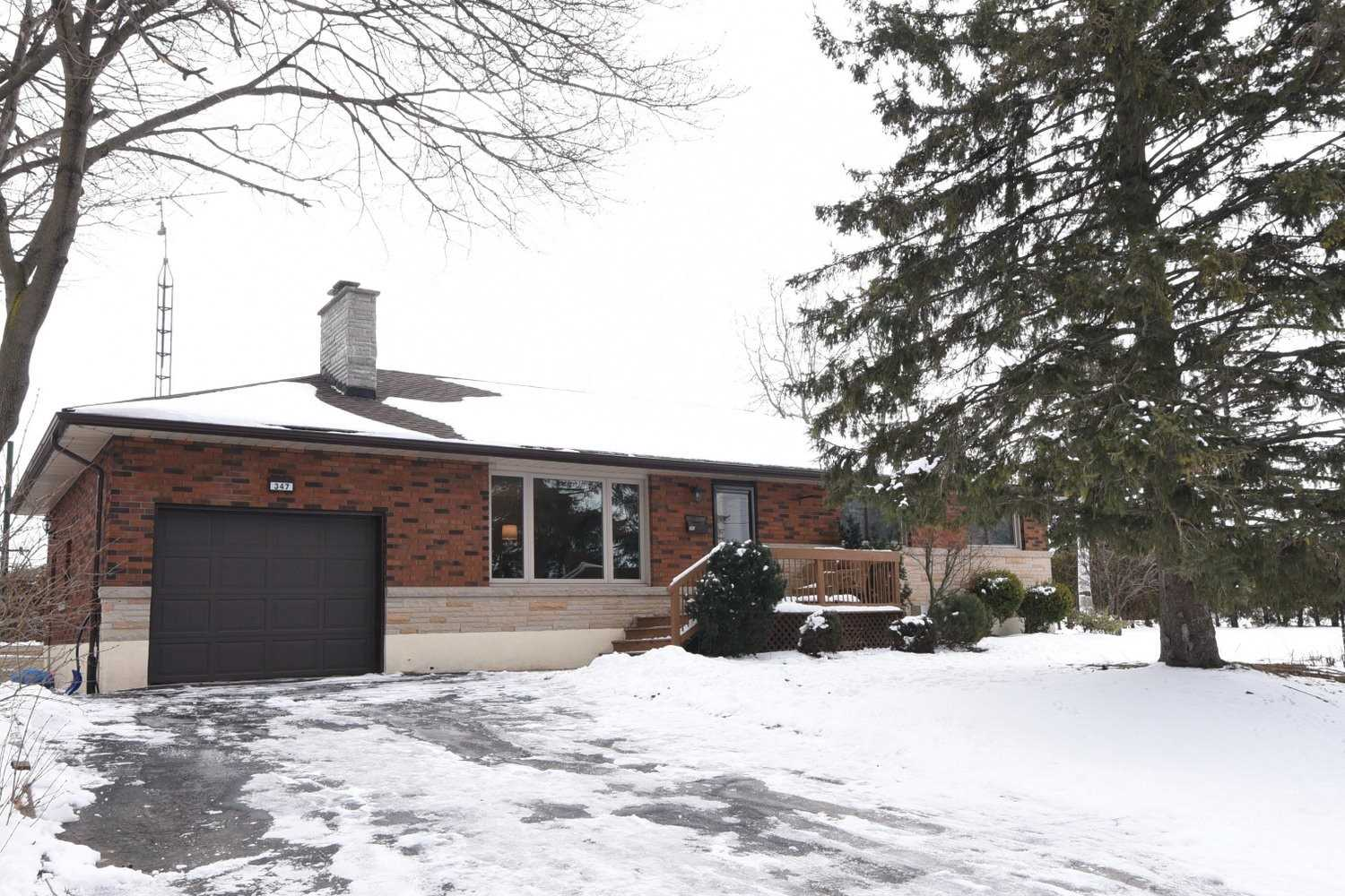 pictures of 347 Lake St, Grimsby L3M 1Z9