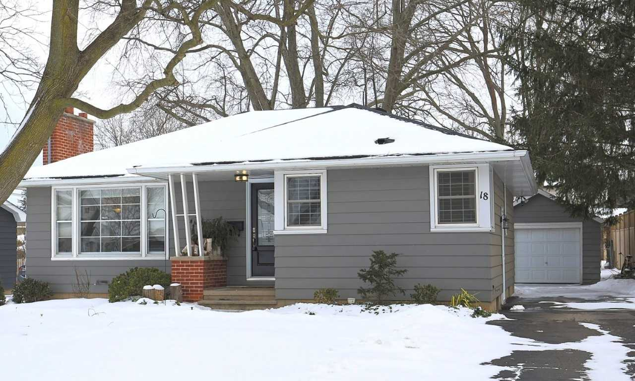 pictures of 18 Kerman Ave, Grimsby L3M 3W4
