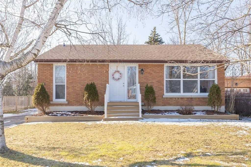 pictures of 142 Gardiner Ave E, Haldimand N1A 1A8