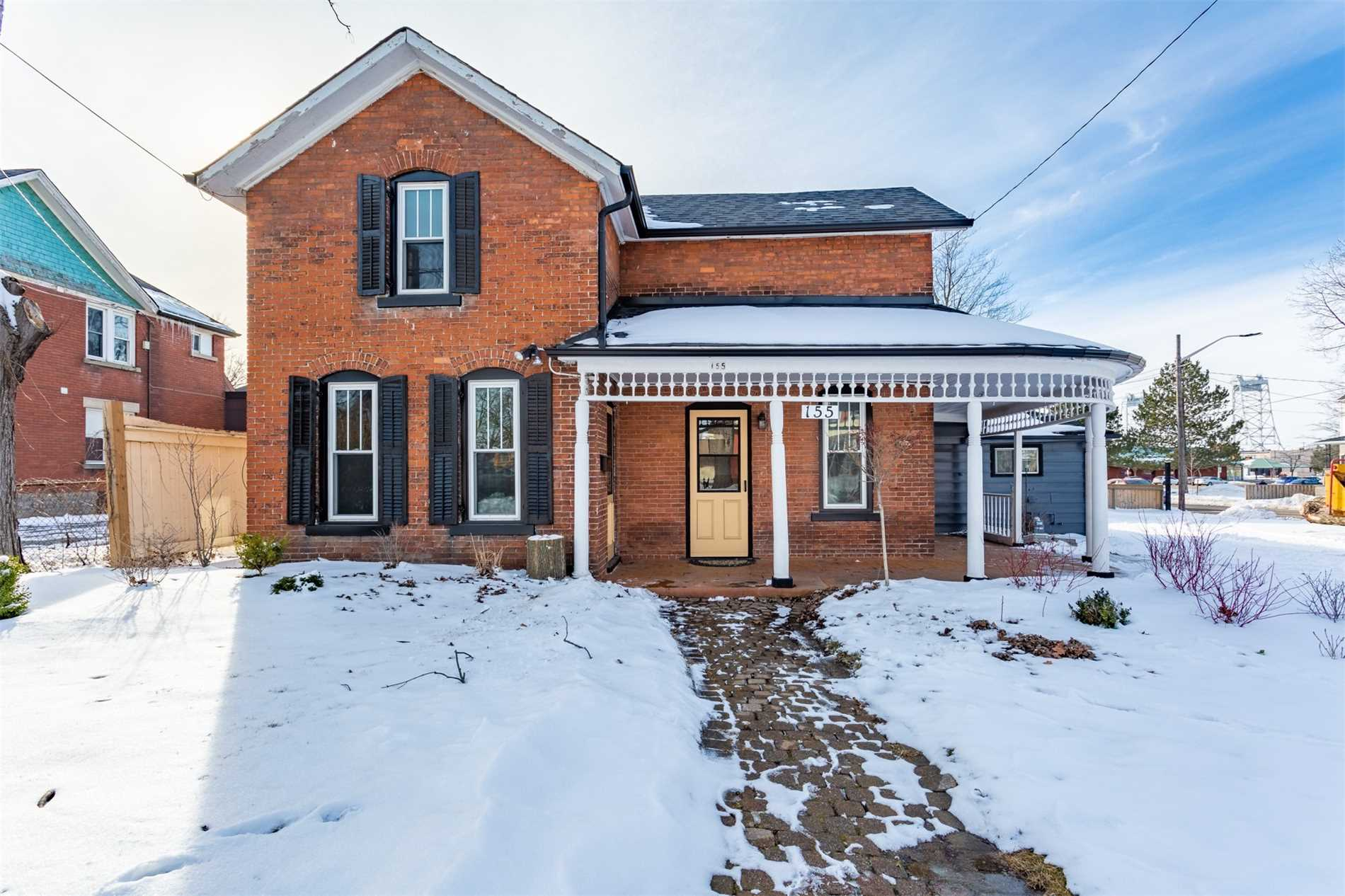 pictures of 155 Hellems Ave, Welland L3B3B3