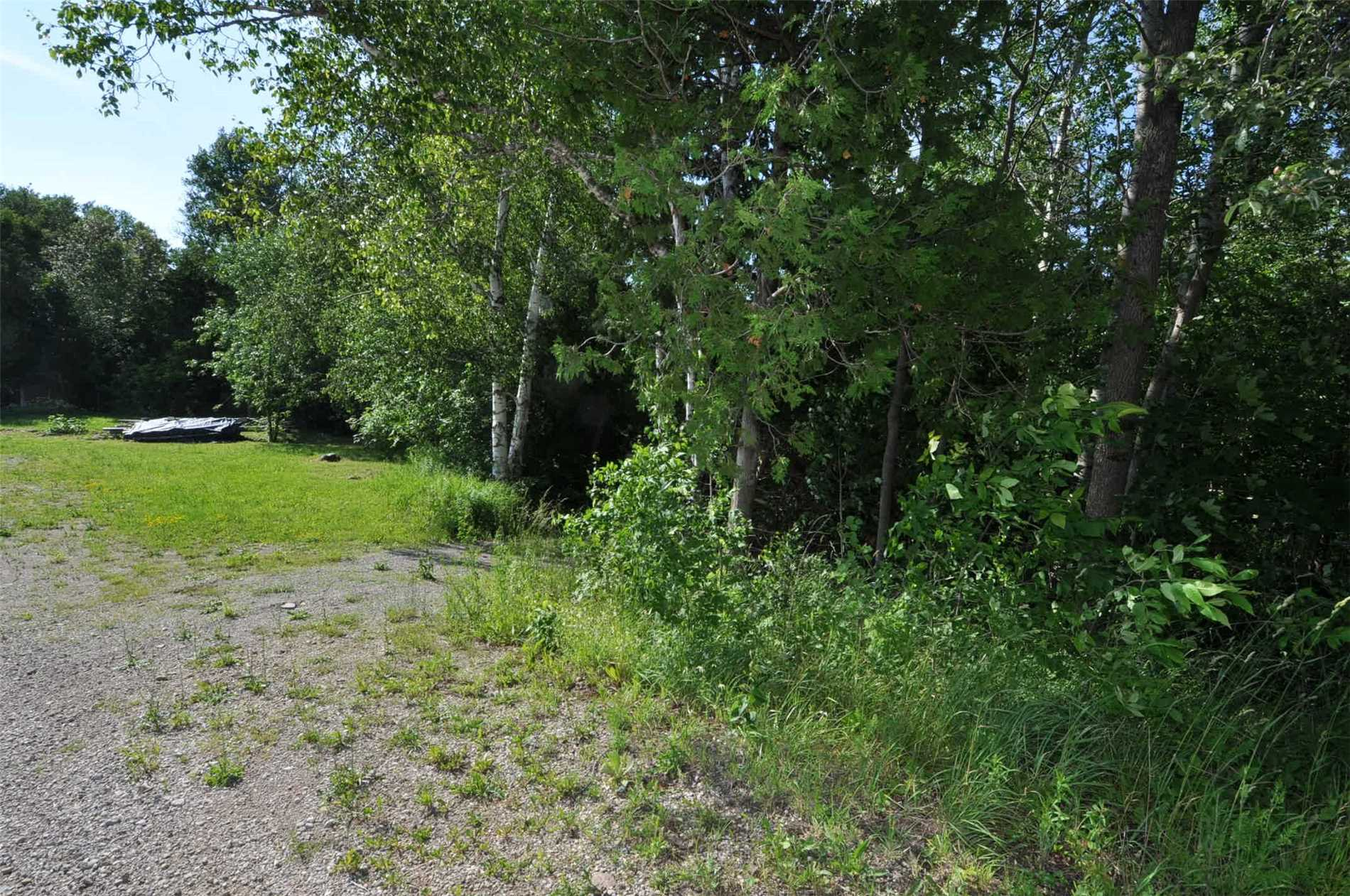 pictures of house for sale MLS: X4450760 located at 850 Frank St, South Bruce N0H2T0