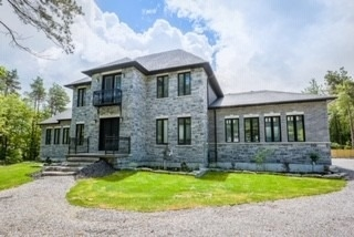 pictures of house for sale MLS: X4544105 located at 4074 Pelmo Park Dr, Port Hope L1A3V5