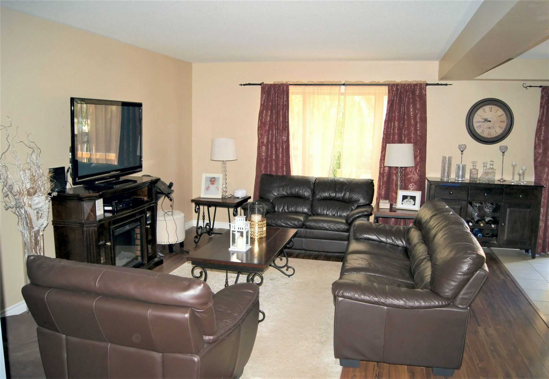 pictures of house for sale MLS: X4557089 located at 158 Fifth Ave, Brantford N3S1A2