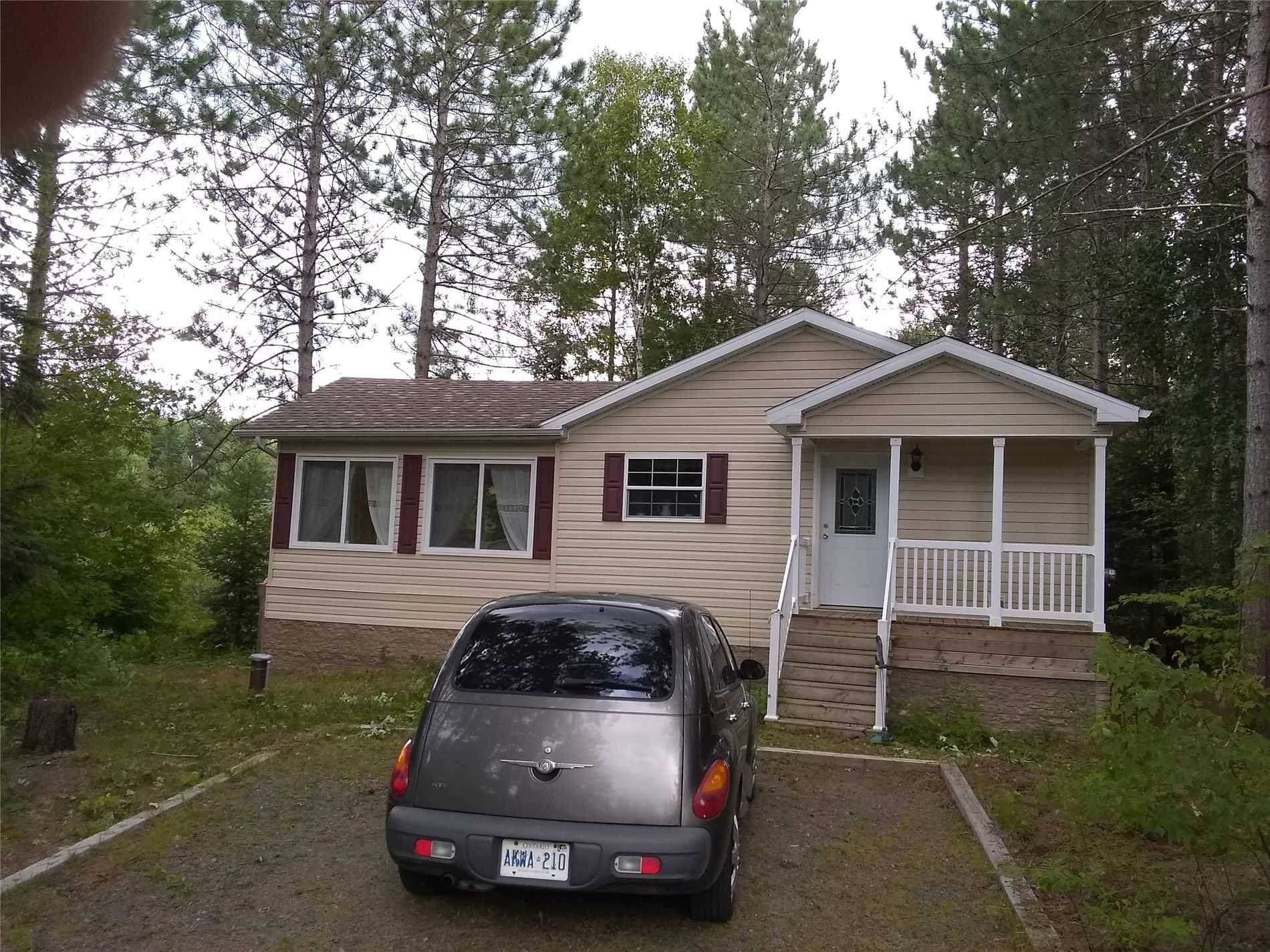 pictures of house for sale MLS: X4566178 located at 1022 Colony Tr, Bracebridge P1L1X3