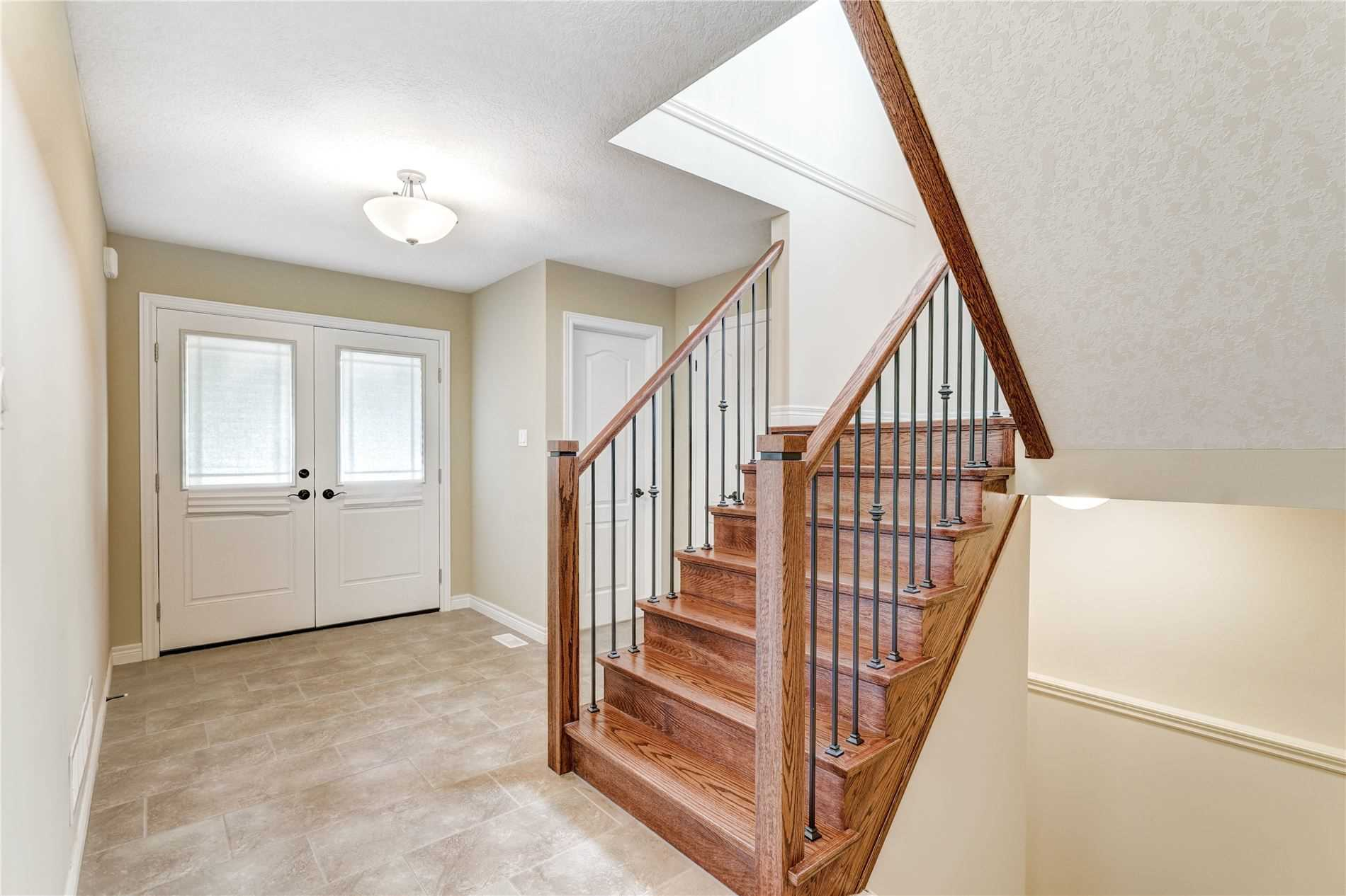 Image 13 of 19 showing inside of 4 Bedroom Detached 2-Storey house for sale at 4 Stuckey Lane, East Luther Grand Valley L0N1G0