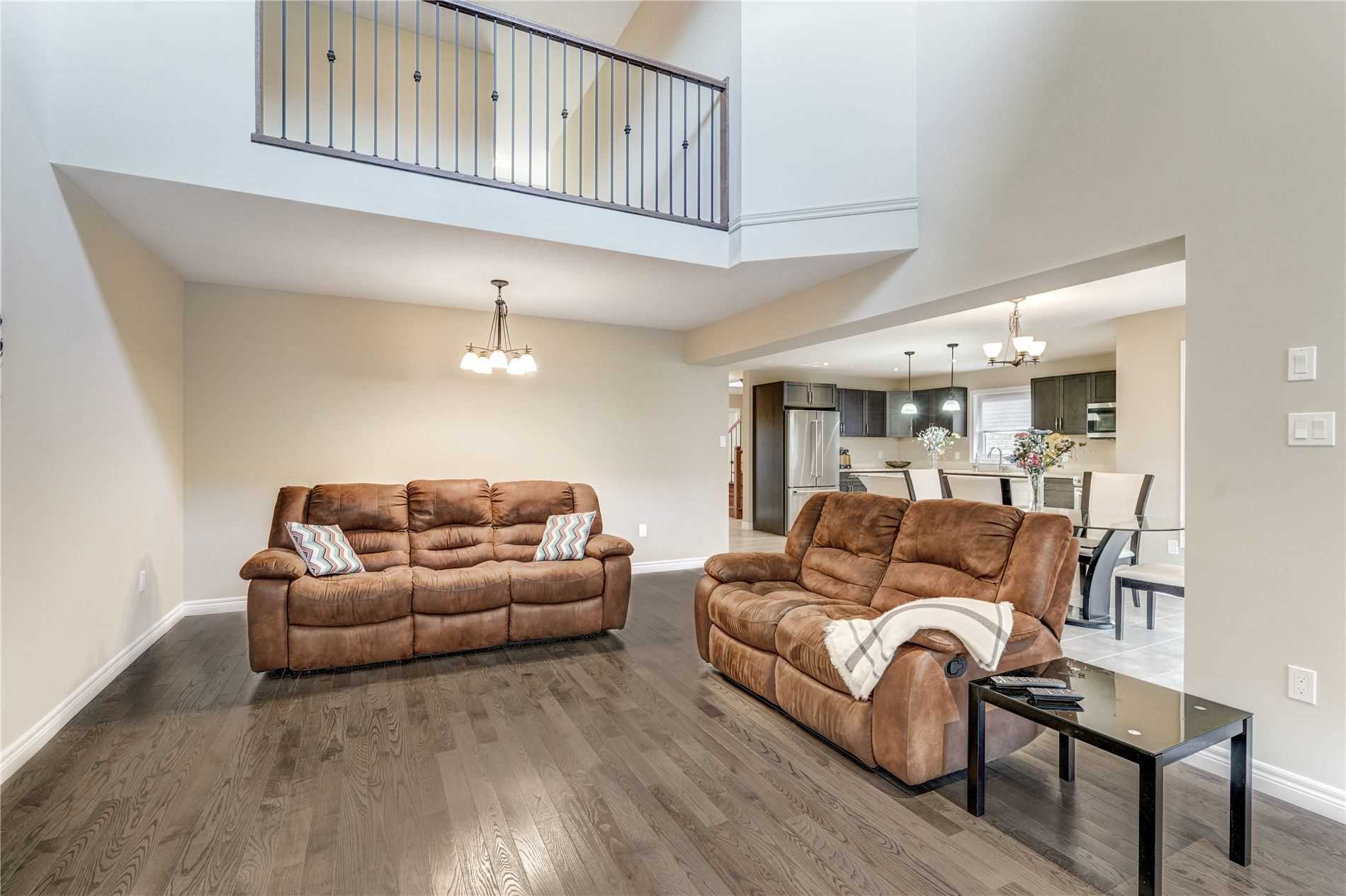 Image 15 of 19 showing inside of 4 Bedroom Detached 2-Storey house for sale at 4 Stuckey Lane, East Luther Grand Valley L0N1G0