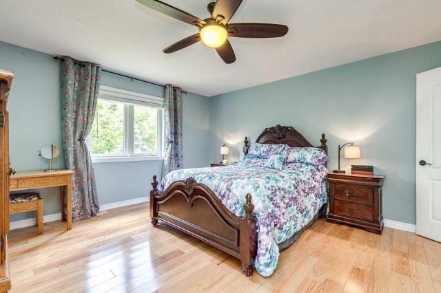 Image 3 of 20 showing inside of 3 Bedroom Detached Bungalow house for sale at 3947 Larose Cres, Port Hope L0A1B0