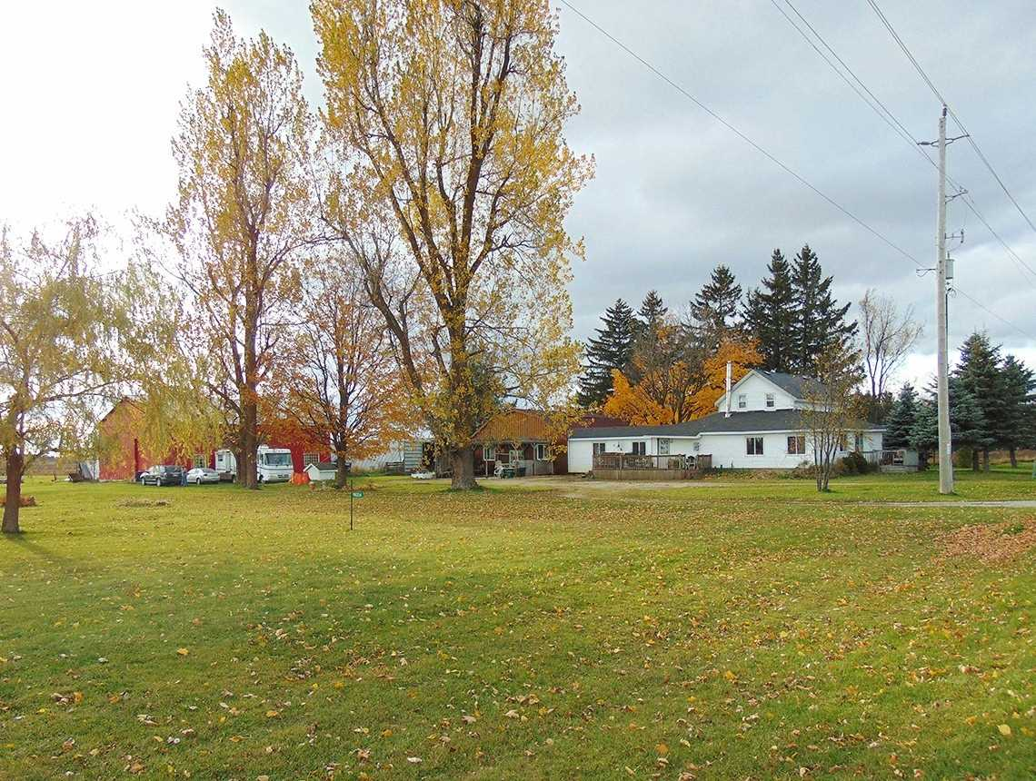pictures of house for sale MLS: X4621511 located at 116234 2nd Line Sw, Melancthon L9V2C7