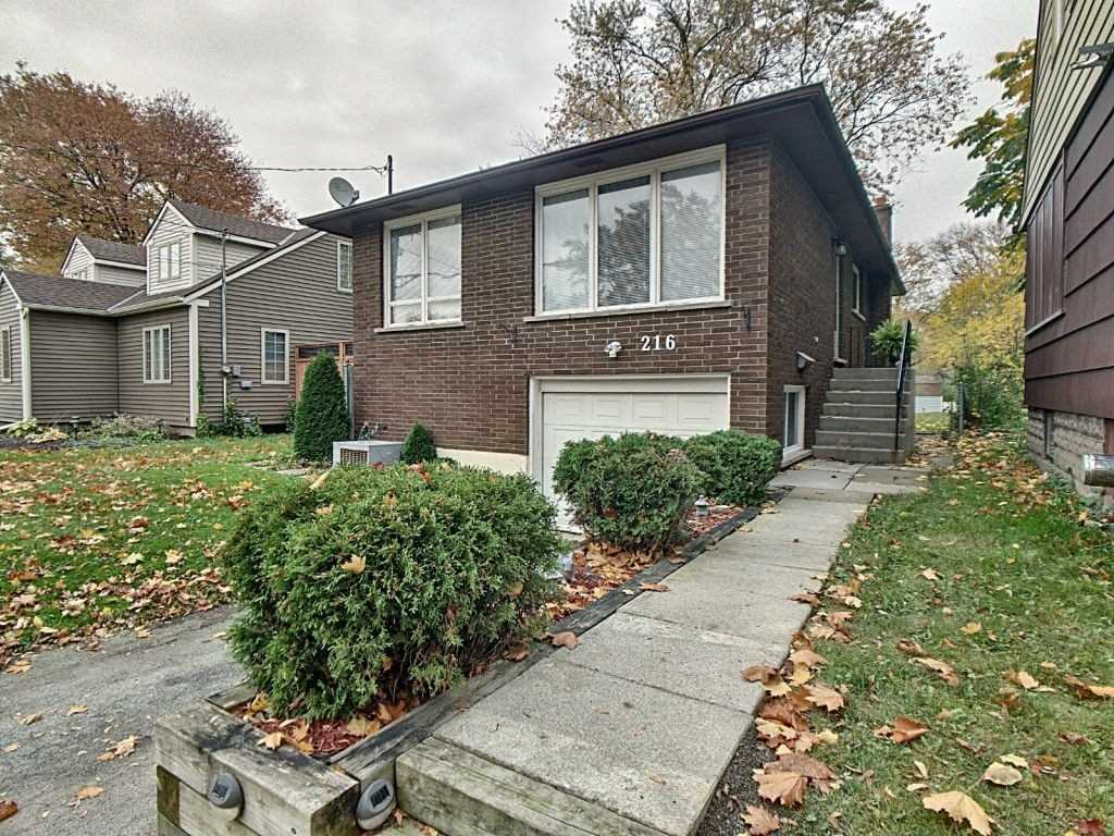 pictures of house for sale MLS: X4625489 located at 216 First Ave, Welland L3C1Y8