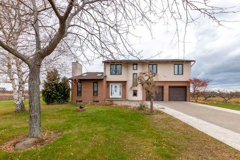 pictures of house for sale MLS: X4652100 located at 1456 Townline Rd, Niagara-on-the-Lake L0S1J0