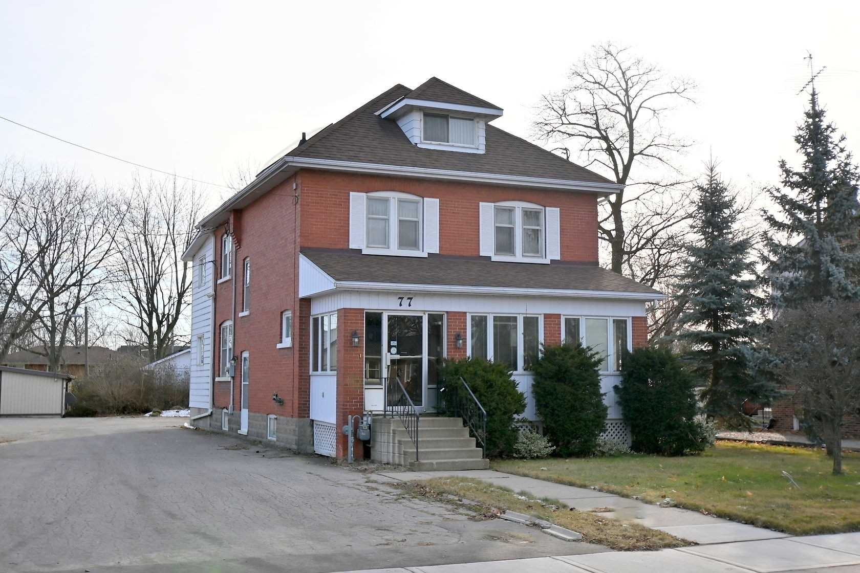 pictures of house for sale MLS: X4654394 located at 77 Main St S, Haldimand N0A1H0