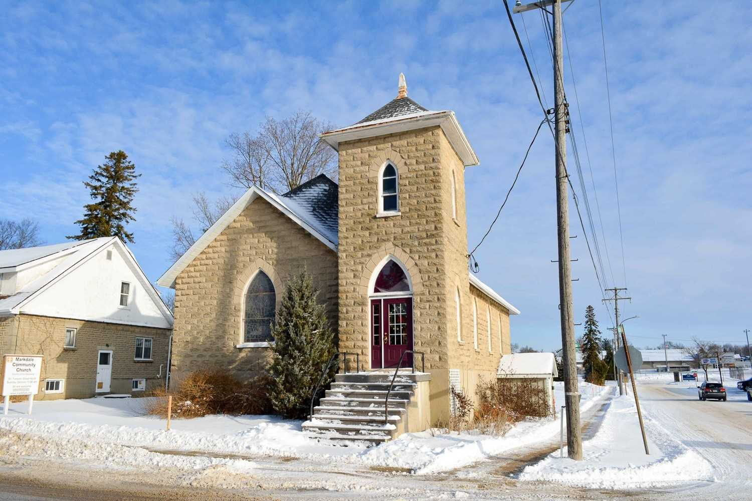 pictures of house for sale MLS: X4656946 located at 61 Toronto St N, Grey Highlands N0C1H0