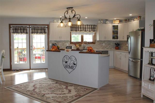 Image 15 of 20 showing inside of 3 Bedroom Detached Bungalow house for sale at 2925 Hwy 28 Rd, Port Hope L1A3V6