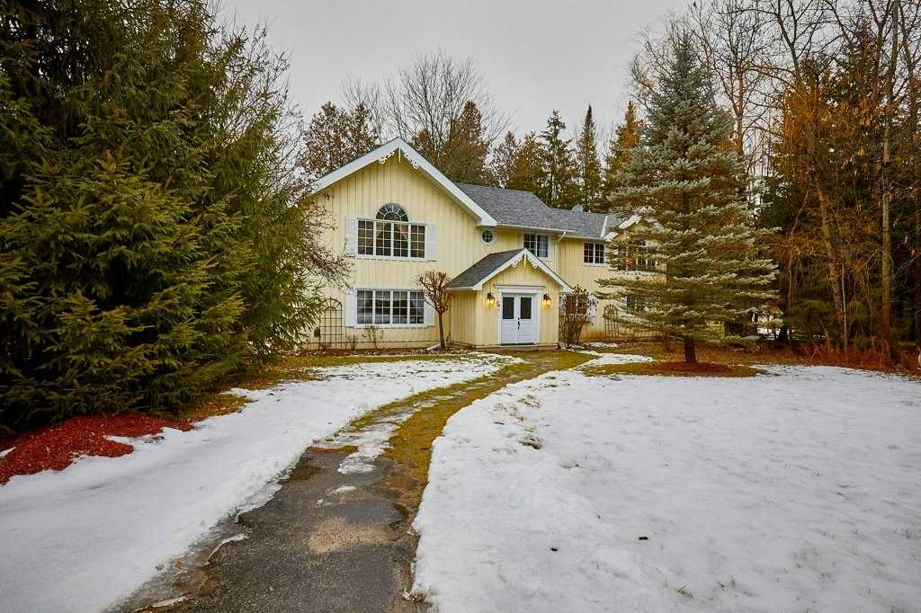 pictures of house for sale MLS: X4658877 located at 308049 Hockley Rd, Mono L9W6N2