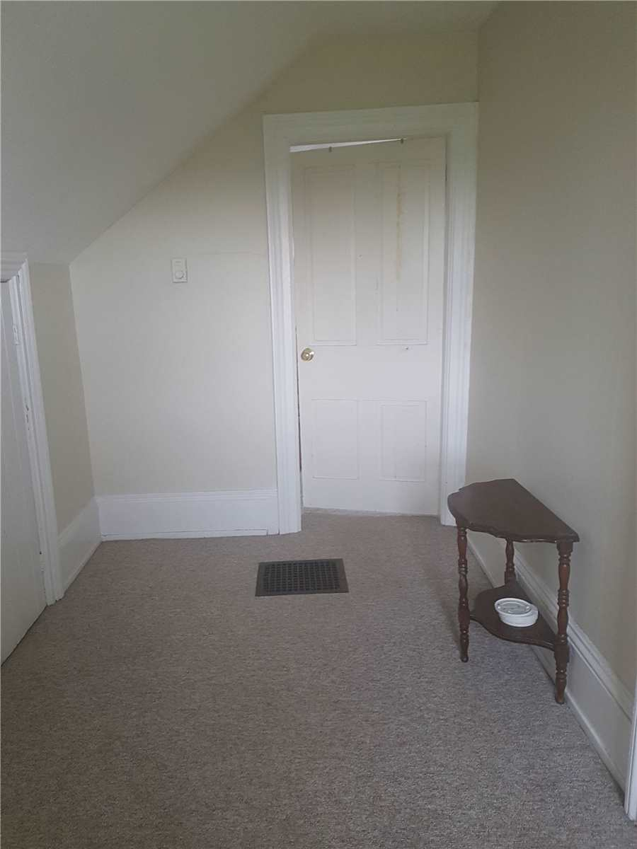 Image 3 of 3 showing inside of 2 Bedroom Detached 1 1/2 Storey house for sale at 592 Highway 21 Pkwy, Huron-Kinloss N0G2R0