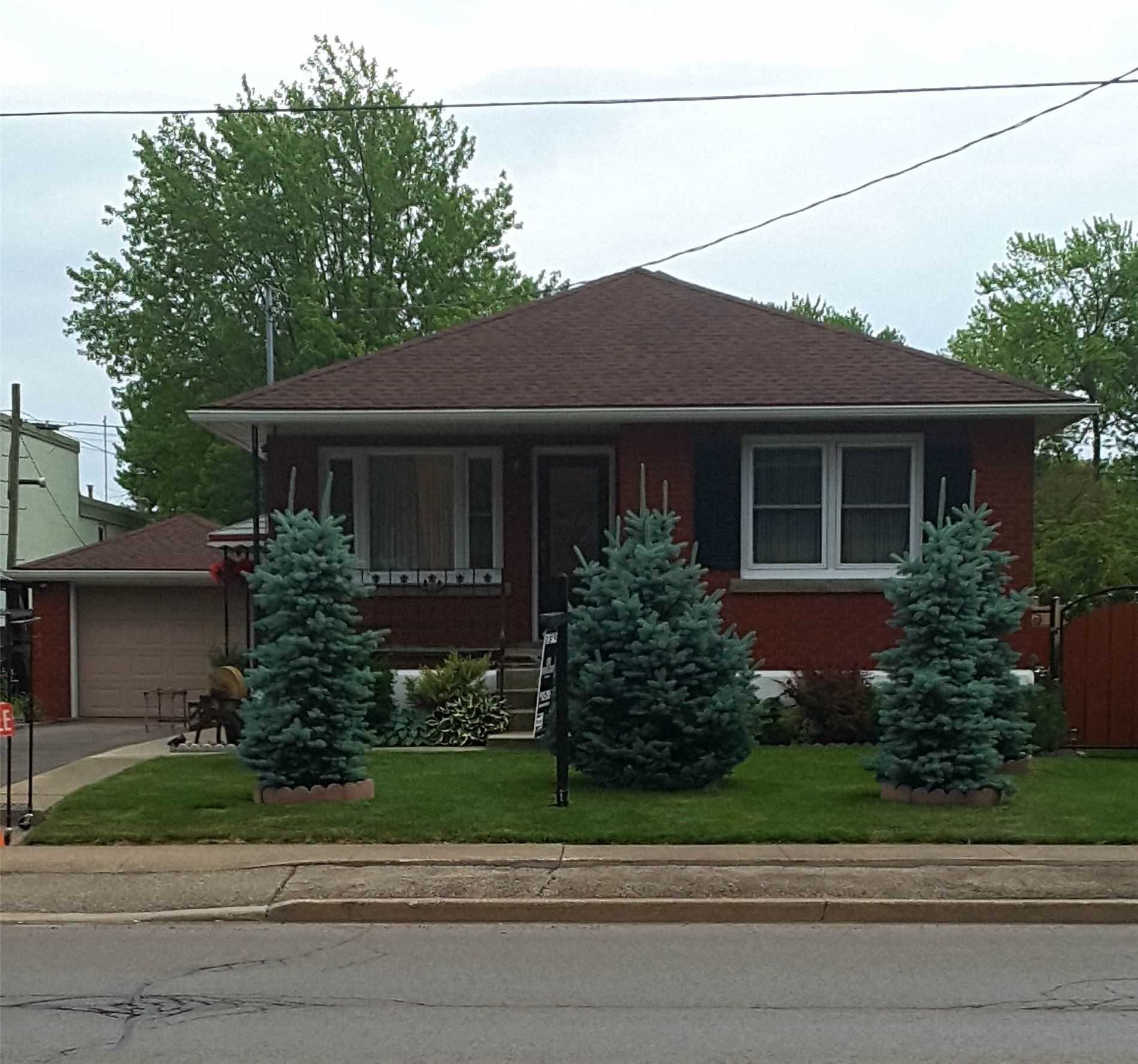 pictures of house for sale MLS: X4662387 located at 115 Main St E, Port Colborne L3K1S3