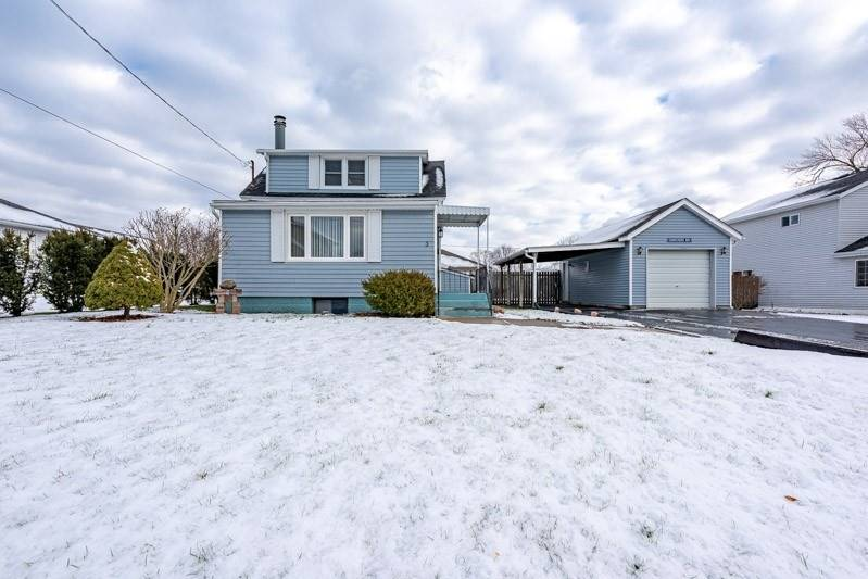pictures of house for sale MLS: X4662707 located at 3 Malkin Ave, Fort Erie L2A5H9