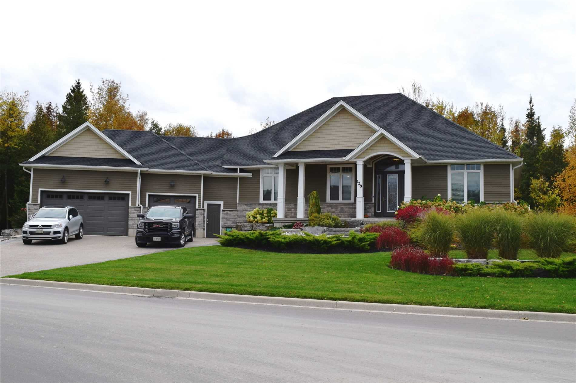 pictures of house for sale MLS: X4663295 located at 128 Trillium Dr, Saugeen Shores N0H2C2